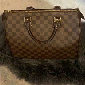 Authentic Louis Vuitton Damier Speedy 35